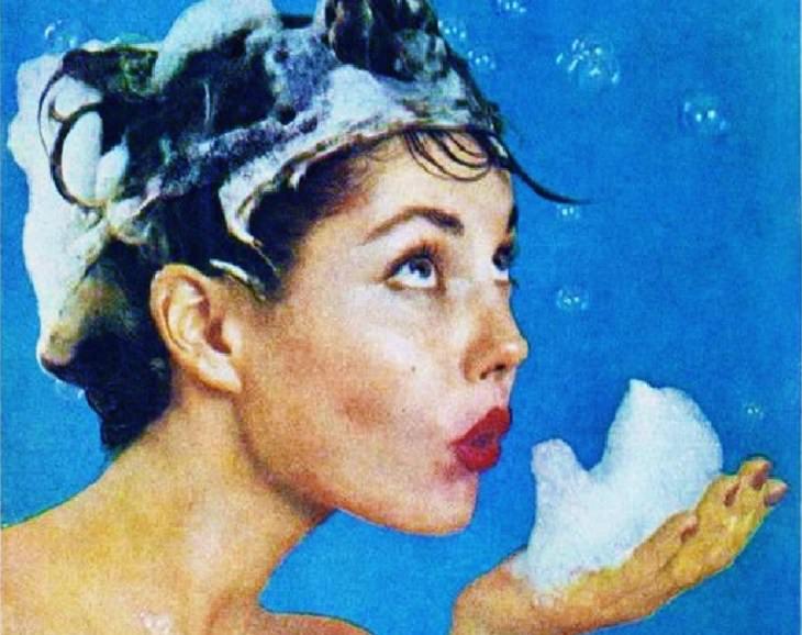 שימושים מפתיעים לשמפו: איור של אישה עם שמפו עליה