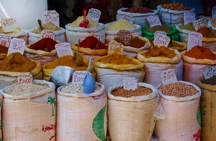 מתכונים מהמטבח התוניסאי: שקים עם תבלינים