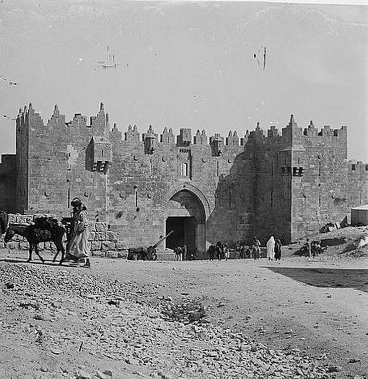 תמונות היסטוריות של ירושלים: שער שכם