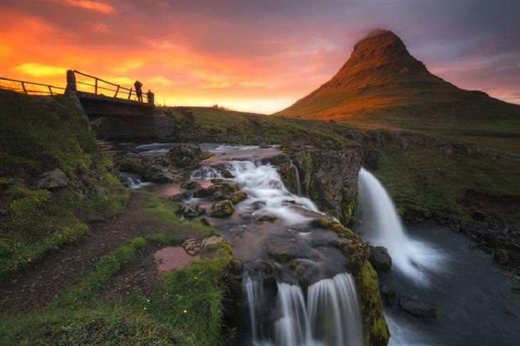 צמד צלמים מתעד את העולם:  הר קירקג'ופל, איסלנד