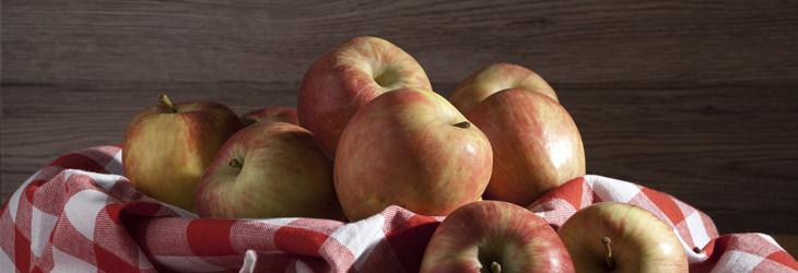 משקה שלושת המיצים לניקוי המעיים: תפוחים