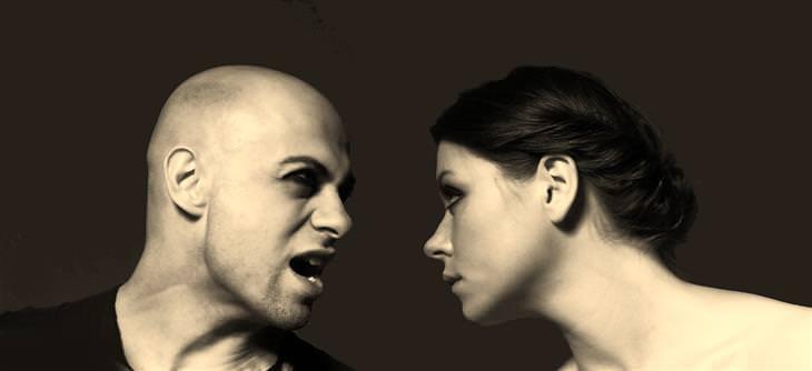 סימנים ללחץ במשפחה: זוג רב