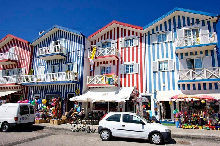 בתים צבעוניים: קוסטה נובה