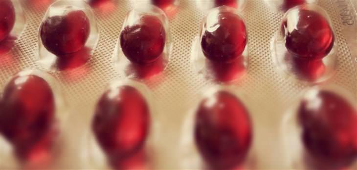 יתרונות בריאותיים של שמן קריל: כמוסות של שמן קריל