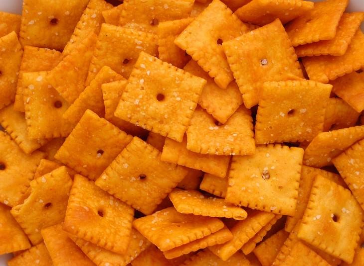 איך למזער תסמינים של הפרעות קשב וריכוז עם תזונה: קרקרים