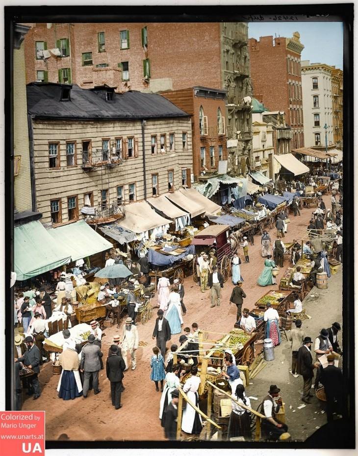 """תמונות היסטוריות: """"השוק היהודי"""" באפר איסט סייד בניו-יורק, 1895"""
