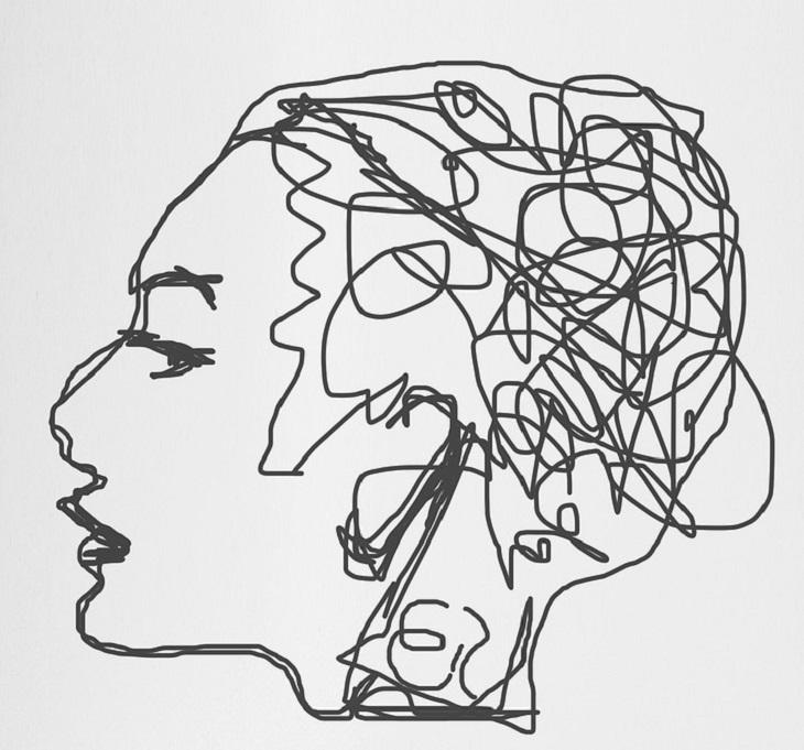 10 מיתוסים על המוח האנושי שהתבררו כלא נכונים: ראש של אישה שירבוט מקו אחד