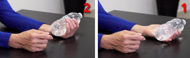 ריפוי בעיסוק לחיזוק ידיים חלשות: הדגמת תרגיל כיפוף אצבעות