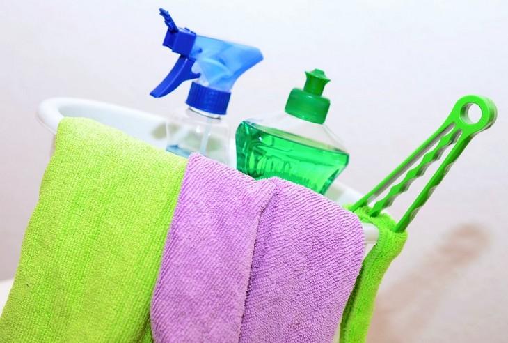 טיפים להורים למנוע הצטננות: חומרי ניקוי