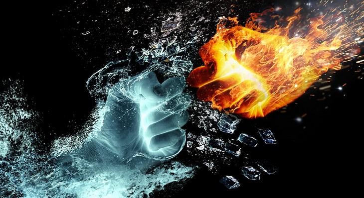 עצות לזוגיות מאושרת: אגרוף מאש ואגרוף מקרח מתנגשים זה בזה
