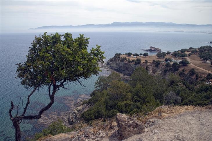 מקומות מומלצים בעולם לטיול רגלי: נוף משביל אפרודיטה