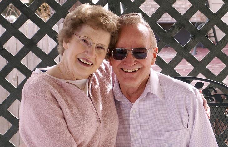 ייפוי כוח מתמשך: זוג מבוגר מאושר