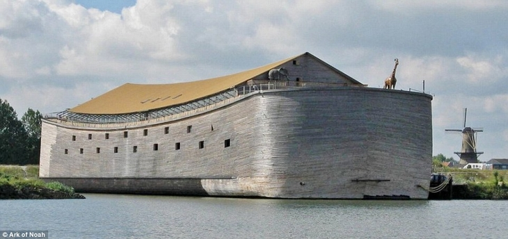 הולנדי שבנה את תיבת נח: תיבת נוח בחופי הולנד