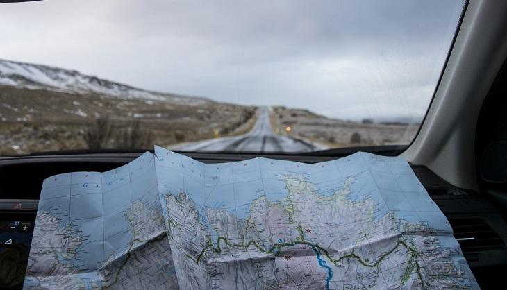 מהו מסע רוחני: מפת דרכים פרושה בתוך רכב