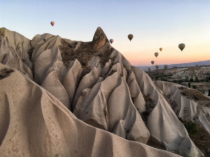 תמונות שצילמו מדענים: כדורים פורחים מעל קפדוקיה שבטורקיה