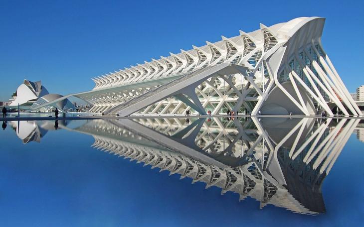 מבנים שהם יצירות אומנות: עיר האמנויות והמדעים