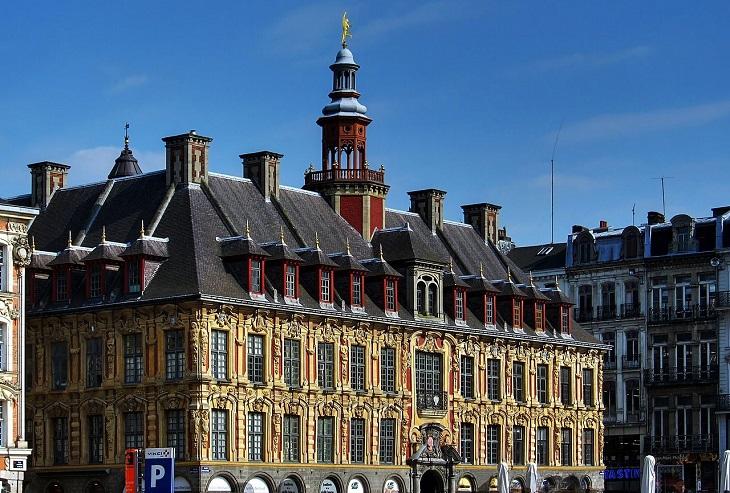 13 אתרים בעיר ליל צרפת: הבורסה הישנה