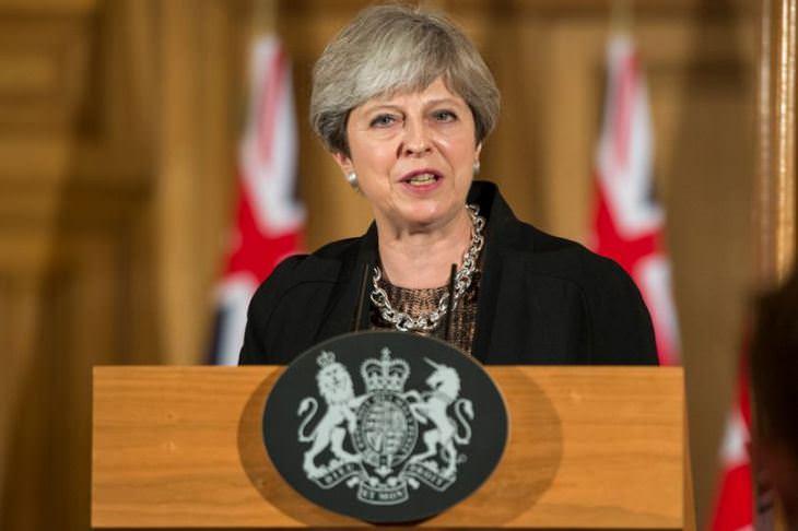 ראש ממשלת אנגליה - תרזה מיי