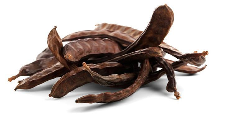 יתרונות בריאותיים של חרובים: חרובים