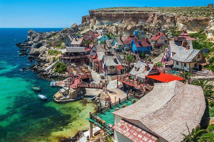 כפרים יפים מרחבי העולם: הכפר של פופאי