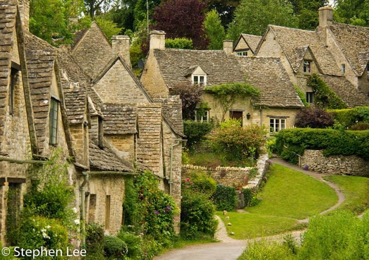 כפרים יפים מרחבי העולם: ביבורי