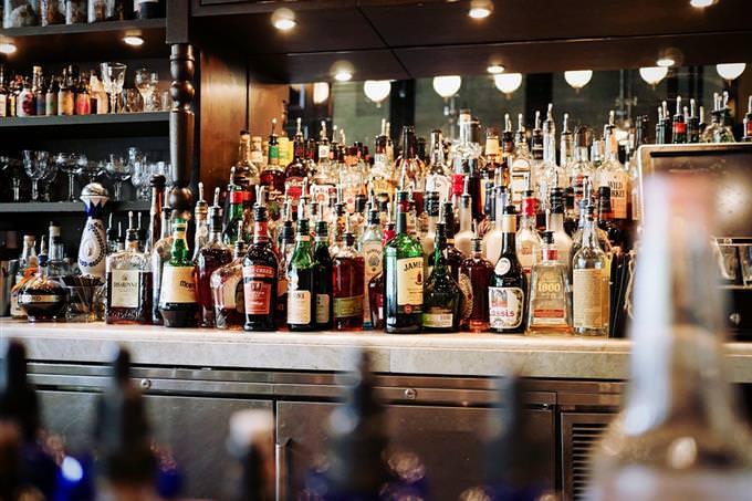מבחן חברות: משקאות אלכוהוליים