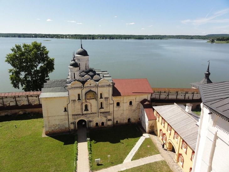 העיירות היפות ברוסיה: קירילוב