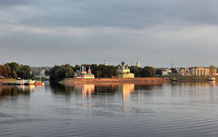 העיירות היפות ברוסיה:  אוגליץ'