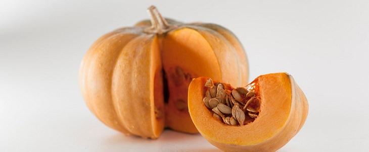 מזונות שמשפיעים על ריח הגוף: דלעת וגרעיני דלעת