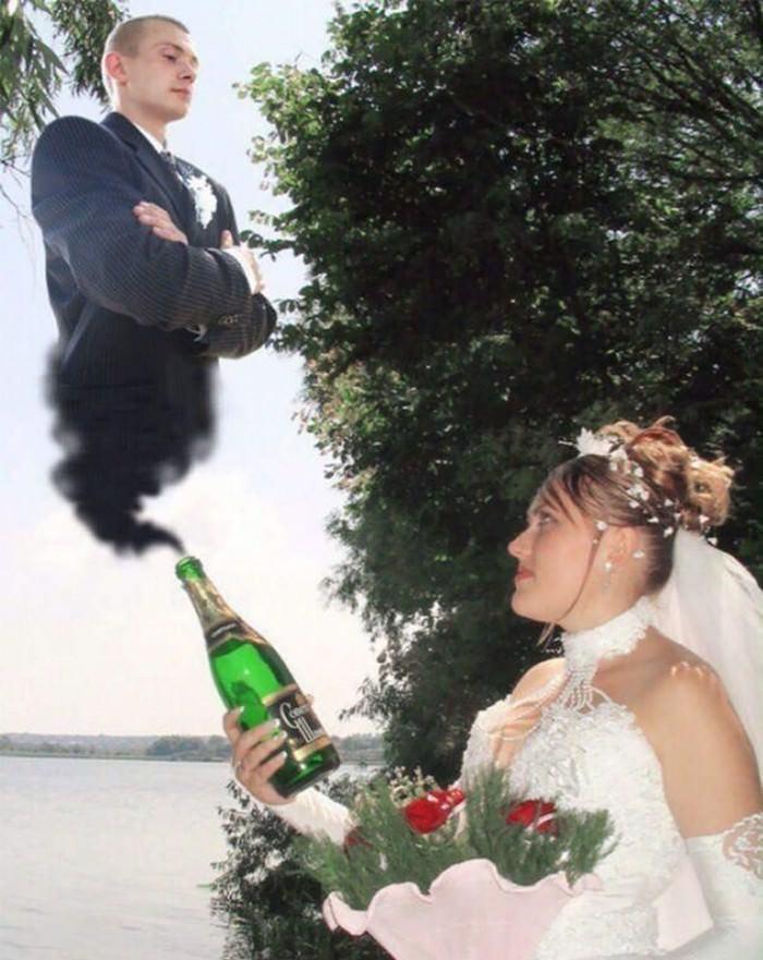 תמונות מצחיקות של חתונות רוסיות: כלה עם חתן שיוצא מבקבוק כמו שדון