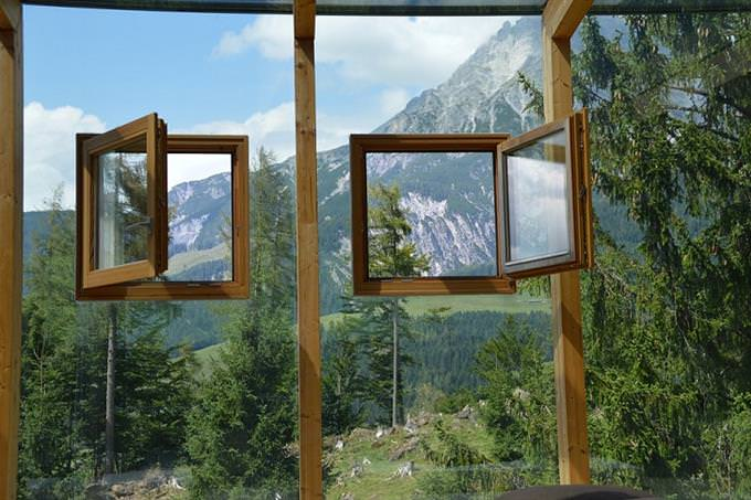 חידון עיניים: 2 חלונות פתוחים