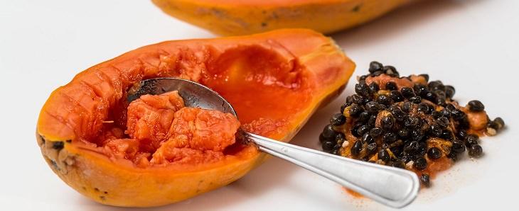 מאכלים עשירים באנזימי עיכול: פפאיה