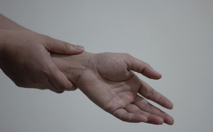 שחיקת סחוסים: מפרק כף היד