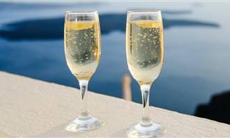 בחן את עצמך: כוסות עם שמפניה
