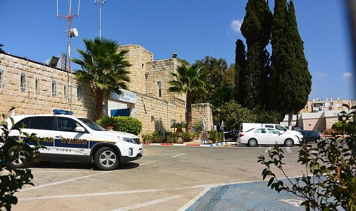 בדיחה: תחנת משטרה בישראל