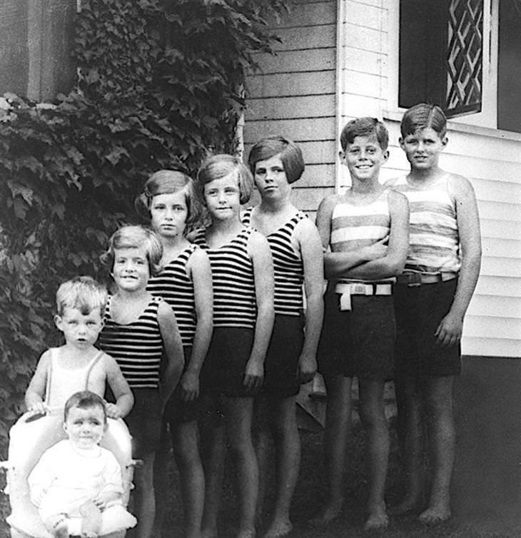 תמונות היסטוריות: תמונה של משפחת קנדי מ-1928