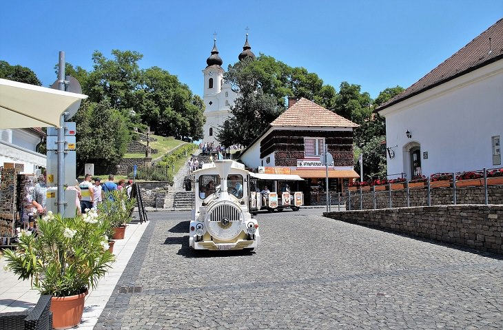 עיירות וכפרים בהונגריה: טיהאן