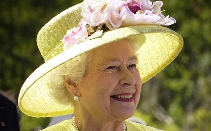 בחן את עצמך: המלכה אליזבת השניה