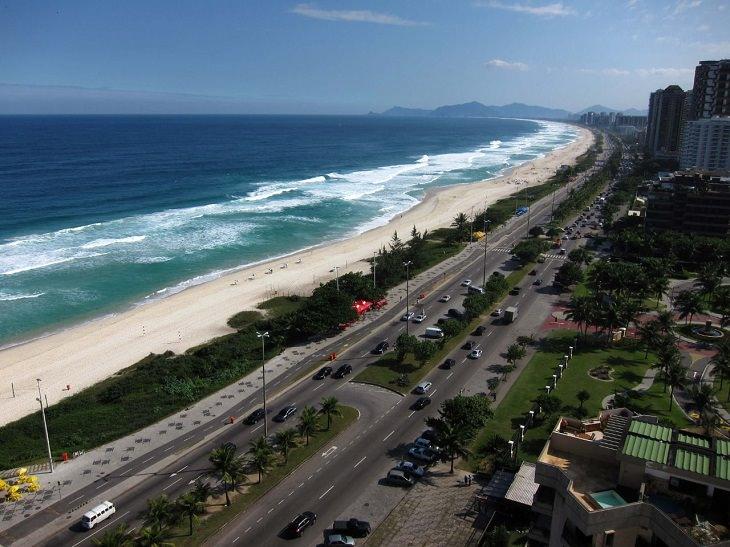 אתרים בריו דה ז'נרו: חוף בארה דה טיג'וקה