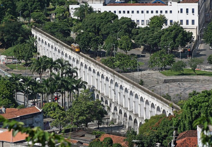 אתרים בריו דה ז'נרו: אמת המים קריוקה
