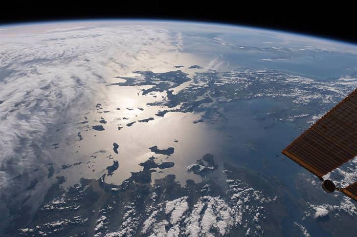 """תמונות ארכיון של נאס""""א: כדור הארץ מהחלל"""