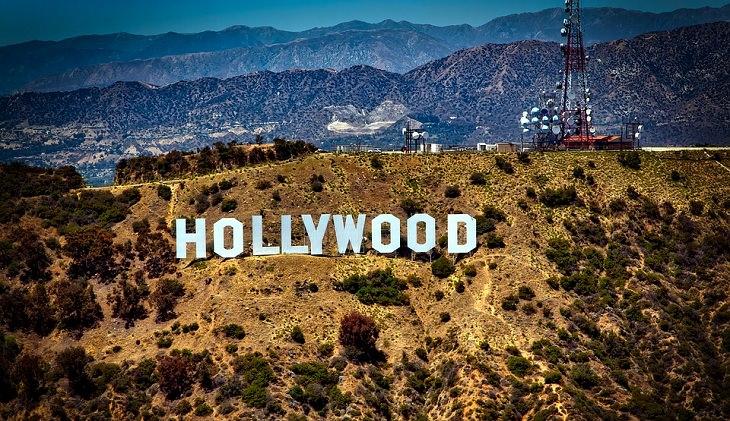 המצאות מפתיעות של יהודים: השלט של הוליווד