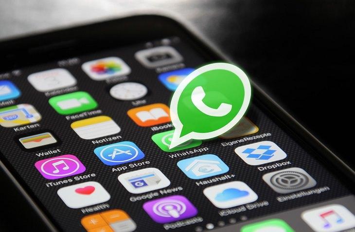 טיפים לוואטסאפ: אפליקציית וואטסאפ על טלפון חכם