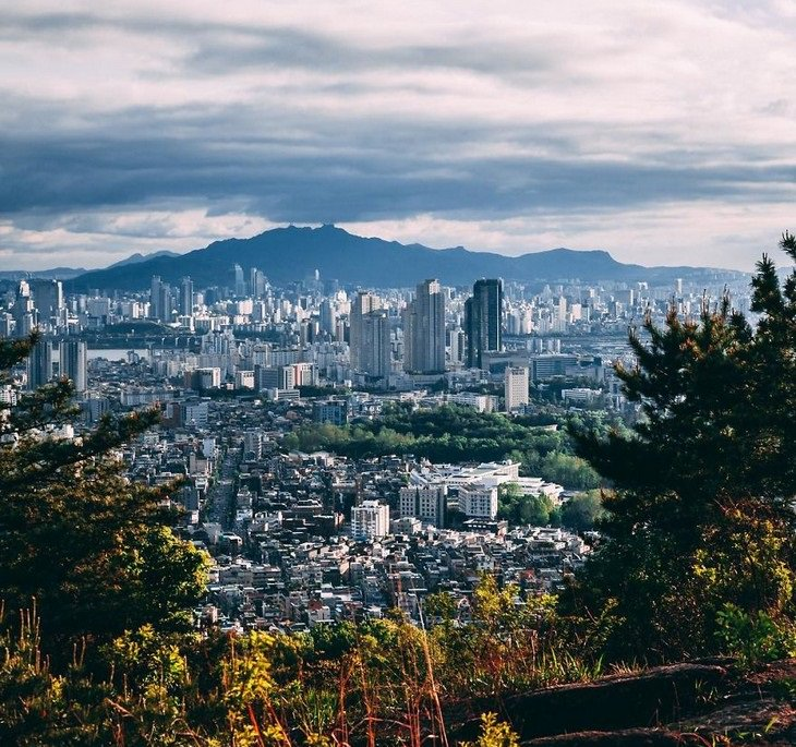 תמונות של סיאול: צילום נוף עם מבט על העיר מרחוק