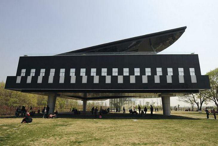15 מבנים מרשימים מהעולם: בניין הפסנתר – הואינאן, סין