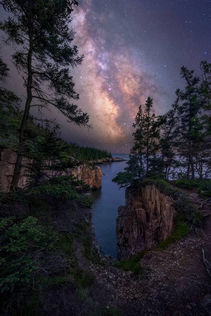 תמונות טבע מדהימות: שביל החלב מעל דאונאיסט שבמיין