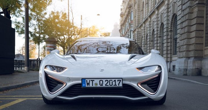 רכב עתידני: החזית של הקוואנט אי-ספורט לימוזין