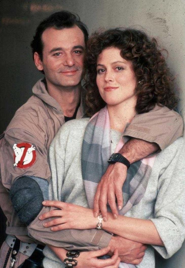 תמונות ישנות של מפורסמים: ביל מארי וסיגורני ריבר, 1984.