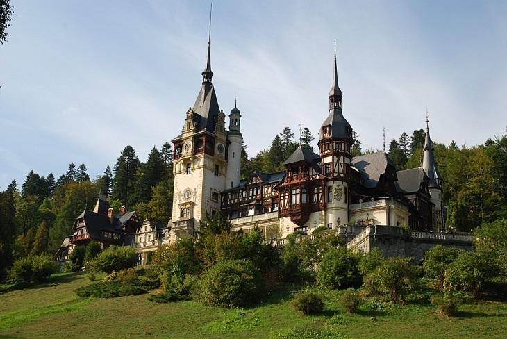 מסלול שבועי ברומניה: ארמון פלש, סיביו