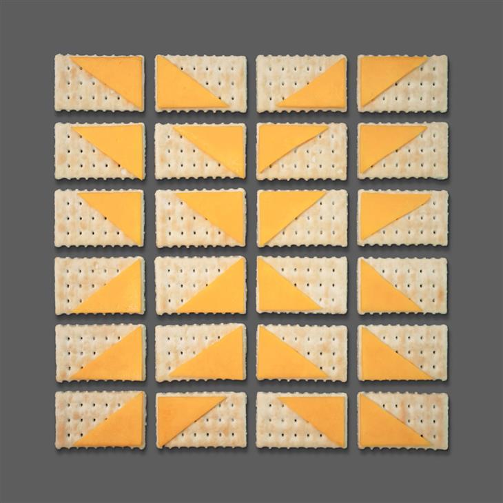 יצירות סימטריות של קריסטן מייר: יצירה סימטרית מקרקרים